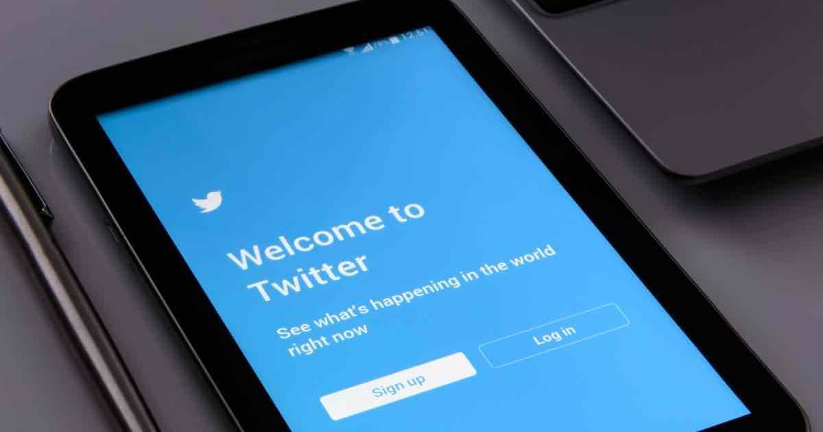 【スマホ副業】ツイッターでフォロワーを増やす方法